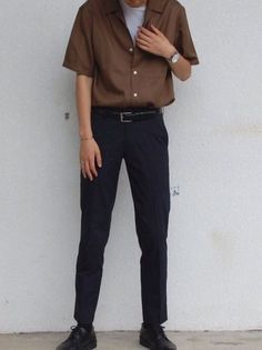 99 Attractive Spring Outfits Ideas - - Men's style, accessories, mens fashion trends 2020 80s Fashion Men, Korean Fashion Men, Trend Fashion, Look Fashion, Fashion Rings, Mens Grunge Fashion, Teen Boy Fashion, Fashion Coat, Hippie Fashion