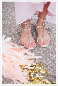 Pink and gold. Perfect bridesmaid shoes, or even everyday sandals