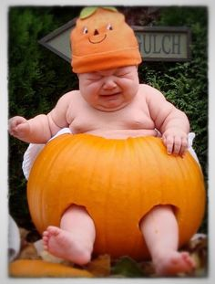 Because I LOVE torturing my children with unnecessary pictures :) Halloween boo!