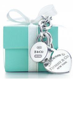 8077098d18626 Tiffany Blue, the color oh my dreams,  perfectturquoise Azul Tiffany,  Tiffany Box