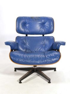 Rare Eames 670 Lounge Chair with Cobalt Blue Leather by Herman Miller