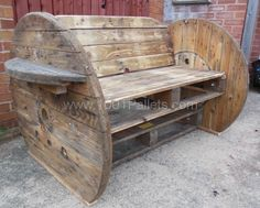 003 Pallet & cable Drum Bench in pallet furniture with Pallets Bench Pallet Crafts, Pallet Projects, Wood Crafts, Diy Projects, Diy Pallet, Pallet Ideas, Cable Drum, Cable Reel, Recycled Pallets
