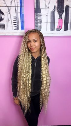 Top 60 All the Rage Looks with Long Box Braids - Hairstyles Trends Blonde Box Braids, Braids With Curls, Braids For Black Hair, Girls Braids, Braids Easy, Braids Cornrows, Fulani Braids, Box Braids Hairstyles, Black Girl Braided Hairstyles