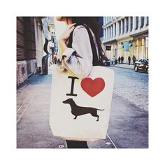 doxie love tote