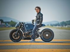 BMW Has Finally Made a Gorgeous Bike That'll Appeal to Young Riders | Cherry's Company Highway Fighter: Kaichiro Kurosu, who has been picking up trophies at custom bike shows for years, pushed the Beemer into an aggressive posture. He kept the R nineT's standard forks, but lowered the front two inches and painted them black. The front wheel was swapped out for a slightly bigger 18-incher, while the rear end got a smaller 16-inch wheel.   BMW  | WIRED.com