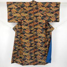 Blue and brown, komon kimono / 渋めの多色で柄を施した小紋 http://www.rakuten.co.jp/aiyama #Kimono #Japan #aiyamamotoya
