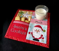 machine embroidery, machine embroidery designs, in the hoop, Christmas, sew-a-long, Santa, Placemat