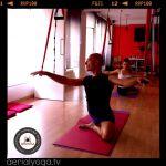 Yoga Aerien, aerial yoga (aeroyoga) France, Spain, Usa on facebook https://www.facebook.com/pages/Aero-yoga/121538201198085