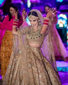 Wedding Inspo by GetYourVenue on Dazzling in Golden Lehenga ❤ This golden bridal lehenga is all you need for the unconventional and glamorous look on your wedding! Golden Bridal Lehenga, Wedding Lehnga, Muslim Wedding Dresses, Indian Bridal Lehenga, Punjabi Wedding, Wedding Gowns, Indian Bridal Outfits, Indian Bridal Fashion, Indian Bridal Wear