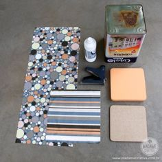 Como fazer um pufe com lata de tinta - pufe estampado feito em casa - faça você mesmo - Passo a Passo com fotos - DIY - tutorial - How to make a puff at home with paint container - puff to seat - Madame Criativa www.madamecriativa.com.br