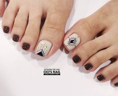 Toe nail art design ideas for fall and winter Pedicure Designs, Pedicure Nail Art, Toe Nail Designs, Simple Nail Art Designs, Feet Nail Design, Nails Design, Tumblr Nail Art, Nail Art For Beginners, Feet Nails
