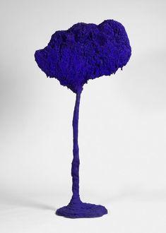 Conceptual Art / New Realism - Yves Klein Contemporary Sculpture, Contemporary Art, Rose Croix, Yves Klein Blue, Jean Arp, Blue Art, Color Azul, Looks Style, Art Plastique