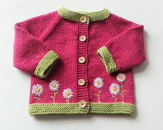 Blume Strickjacke Blume rosa Pullover Strickjacke Baby Mädchen Strickjacke Strick Pullover Merino Pullover Wolle Strickjacke Massanfertigung - Blume Strickjacke Blume rosa Pullover Strickjacke Baby Mädchen Source by renategerhardt - Baby Knitting Patterns, Knitting Baby Girl, Knitting For Kids, Crochet Baby, Hand Knitting, Baby Knits, Knitted Baby, Baby Girl Cardigans, Knit Baby Sweaters