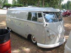 TheSamba.com :: View topic - Slammed Bus Fest - Post Lowered Bus Pics Only