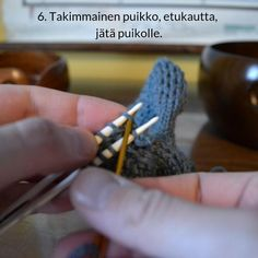 Silmukoimalla päätteleminen - kaksi tapaa - Neulovilla Knitting Patterns, Rings For Men, Blog, Men Rings, Cable Knitting Patterns, Blogging, Knit Patterns, Knitting Stitch Patterns