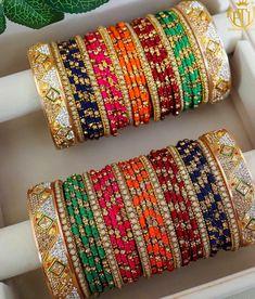 Jewelry OFF! Punjabi Bangles - Buy Latest Punjabi Bangles Online In At Best Price Gold Bridal Earrings, Bridal Bangles, Bridal Jewelry Sets, Indian Jewelry Sets, Indian Wedding Jewelry, Indian Bangles, Antique Jewellery Designs, Jewelry Design, Fancy Jewellery