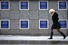 Tan sólo un 17 % de los participantes del Foro Económico de Davos son mujeres / NO a la DESIGUALDAD en puestos de toma de decisiones!