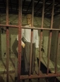 This is the actual dummy in the prison in the basement of the Fort Wayne History Center that scared Beth. It's CREEPY Prison Cell, Present Day, Creepy, Fairy Tales, Basement, Irish, History, Summer, Root Cellar