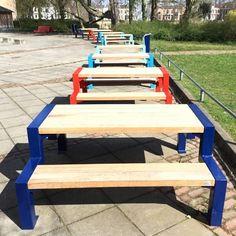 Het schoolplein van het Eligant Lyceum in Zutphen is ingericht met kleurrijk straatmeubilair zoals picknicksets en afvalbakken. Picnic Table, Furniture, Home Decor, Decoration Home, Room Decor, Home Furnishings, Home Interior Design, Picnic Tables, Home Decoration