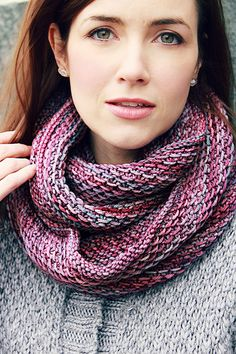 Free knitting pattern - this is a project using that pattern with a link to pattern knittedblissJC's Lotus Honey Cowl