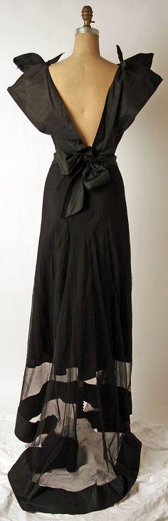 Evening dress Nettie Rosenstein  (American, 1890–1980)   Date: 1930s Culture: American Medium: silk Back