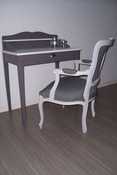 Secrétaire relooké en gris foncée et blanc lin par AJH Déco