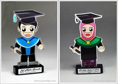 Trophy Wisuda by Gusto Sign