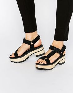 Love the funkyness!!! Eeight Valentina Black Chunky Heeled Sandals