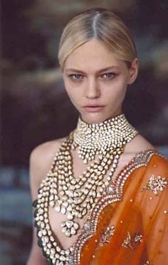 Post Apocalyptic Tribal necklace ideas - layers of seashell necklaces maybe