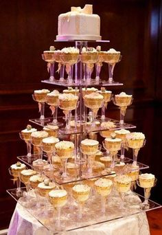 56 Amazing Cake Displays To Accentuate Your Sweets | HappyWedd.com