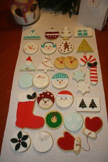 24 Kekse Advent, Christmas Holidays, Christmas Tree, Holiday Cookies, Bakery, Candy, Seasons, Decoration, Holiday Decor