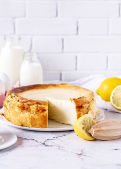 No-ground cheesecake recipe simply delicious easypeasy cheese .- Käsekuchen ohne Boden Rezept einfach lecker easypeasy Cheesecake No-ground cheesecake recipe simply delicious easypeasy cheesecake bake Baked Cheesecake Recipe, Lemon Cheesecake, Cheesecake Brownies, Dessert Simple, Pecan Recipes, Salty Cake, Base Foods, Savoury Cake, Food Cakes