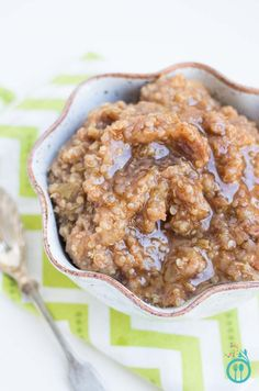 Cinnamon Apple Breakfast Quinoa - healthy & gluten-free