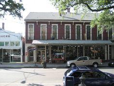 Treasure hunting at antique & vintage shops in NOLA
