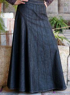 . Demin Skirt Outfit, Long Skirt Outfits, Long Maxi Skirts, Cute Skirts, Denim Skirt, Dress Skirt, Modest Dresses, Modest Outfits, Modest Fashion
