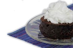 Jorge Cruise's 2-Minute Cake  Whip up a fresh low-carb dessert in just minutes with this recipe from diet expert and best-selling author Jorge Cruise. Microwave it in a mug to enjoy the warmth and comfort, all while practicing portion control!