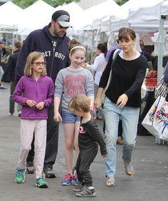 Jennifer Garner, Ben Affleck Divorce: Couple Confirms Breakup In Official Statement - Grueling Custody Battle Ensues?