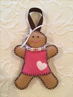 Felt crafts, felt ornament, gingerbread baby, gingerbread girl, gingerbread woman, gingerbread man, personalized ornament, made by Janis