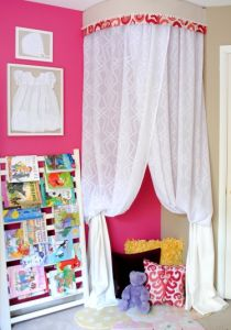 SAS Interiors blog for the 3 in 1 kids play tent tutorial -- good DIY gift.