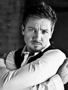 Jeremy Renner - The Avengers/ Bourne Jeremy Renner, American Hustle, The Avengers, Hawkeye Avengers, Gorgeous Men, Beautiful People, Pretty People, Culture Pop, Actor