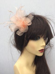 Stunning Peach Rose Flower Feather Ladies Fascinator Hat Weddings Races  Ascot 54ffdc703b6