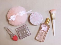 kitty ♡ 18 ♡ pink aesthetic ♡ read me/faq ♡ currently:  ♡