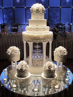 Generally wedding cakes are is the conventional cake being dished up to the gue&; Generally wedding cakes are is the conventional cake being dished up to the gue&; Extravagant Wedding Cakes, Blush Wedding Cakes, Big Wedding Cakes, Floral Wedding Cakes, Elegant Wedding Cakes, Beautiful Wedding Cakes, Wedding Cake Designs, Wedding Cake Toppers, Beautiful Cakes