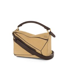 Loewe Puzzle - PUZZLE SMALL BAG Gold Discover Loewe Puzzle products, like our PUZZLE SMALL BAG gold. Enter now.