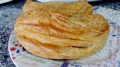 Ingredientes :     1 chouriço  2 cebola  2 dentes de alho  200gr de tomate aos pedaços  Pimeta e salsa q.b.  50 gr de azeite  100 gr de ...