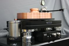 MOMENTUS CU9999 Turntable and Avro tone arm with dial in VTA systems