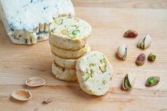 Gorgonzola and Pistachio Shortbread A buttery good savoury shortbread with tangy mellow and tangy gorgonzola, pistachios and a hint of lemon and heat.
