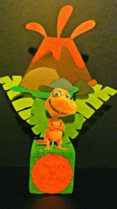 Crafting with Meek: Dinosaur Train Birthday Party
