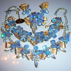VTG JULIANA RIBBON CASTING RHINESTONE NECKLACE BRACELET BROOCH EARRING SET PARUR