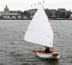http://www.denmanmarine.com.au/images/CLC_Boats/Eastport_Pram/Eastport_Pram_3.jpg